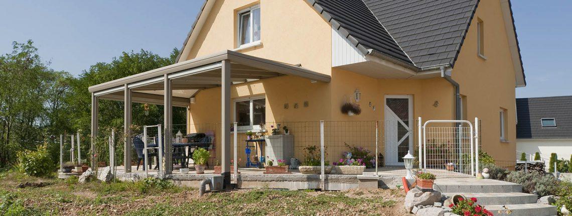 Une couverture de terrasse permanente