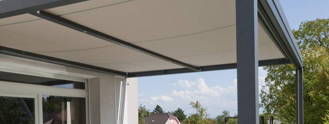 Une protection de terrasse sobre et efficace