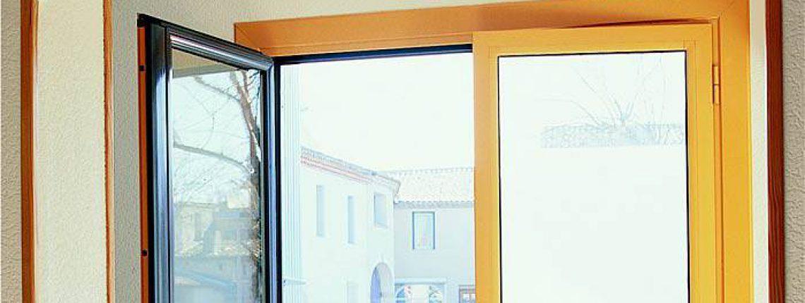 Fenêtres et porte fenêtres 2 battants